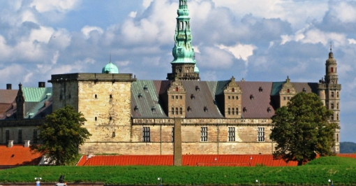 Copenhagen Highlights, Hamlet's Castle & Countryside (Private)