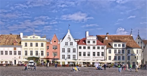 Tallinn Panoramic Drive Tour (Private)